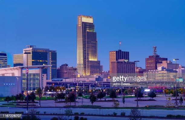 skyline, omaha, nebraska - nebraska stock pictures, royalty-free photos & images