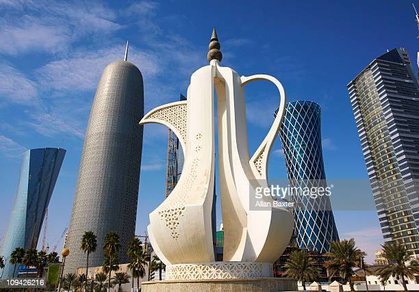 skyline - qatar stock pictures, royalty-free photos & images