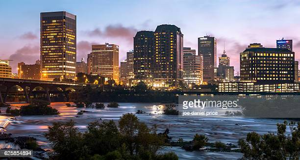 skyline, richmond, virginia, america - richmond virginia stock pictures, royalty-free photos & images