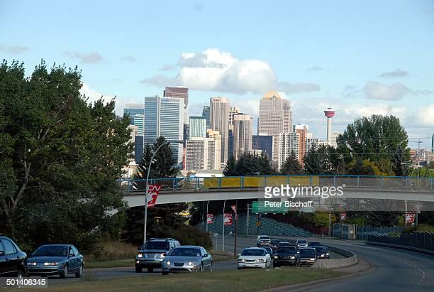 "Skyline und ""Calgary Tower"", Calgary, Alberta, Kanada, Nordamerika, Häuser, Gebäude, Turm, Reise, BB, DIG; P.-Nr. 1379/2007, ;"