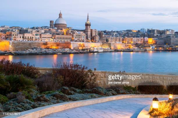 skyline, valletta, malta - valletta stock pictures, royalty-free photos & images