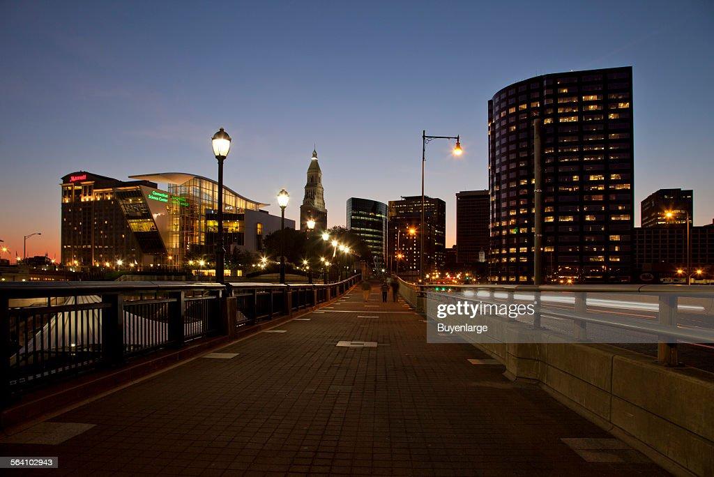 Skyline view of Hartford, Connecticut : ニュース写真