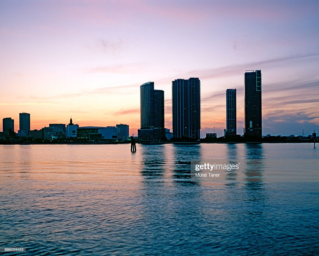 Skyline view of Miami : Stock Photo