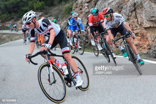 Sky's British rider Christopher Froome rides on the sixth stage of the 97th Volta Catalunya 2017 a 189,7km from Tortosa to Reus, in Bot on March 25,...