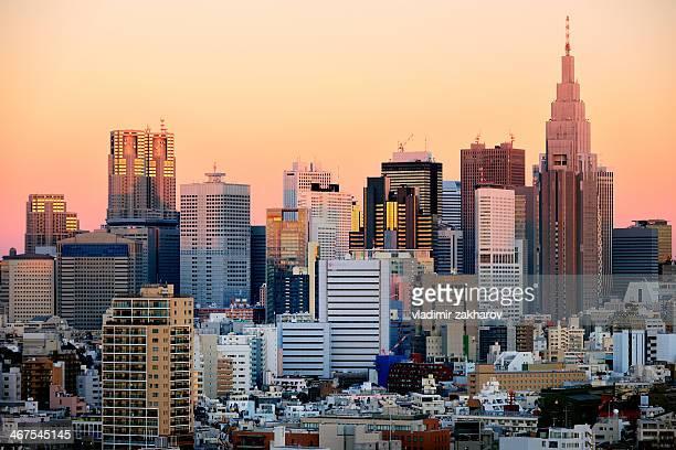 skyscrapers at sunrise - shinjuku stockfoto's en -beelden