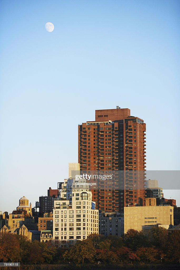 Skyscrapers in a city, New York City, New York State, USA : Foto de stock