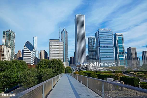 Skyscrapers in Chicago with Nichols Bridgeway