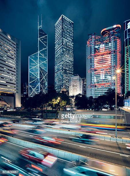 skyscrapers of central district, hong kong at dusk - cheung kong centre stock pictures, royalty-free photos & images