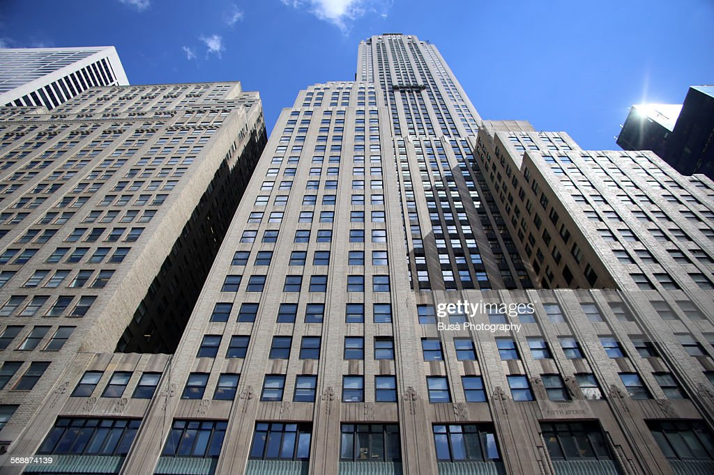 Skyscrapers of Midtown Manhattan at Bryant Park : Stock Photo