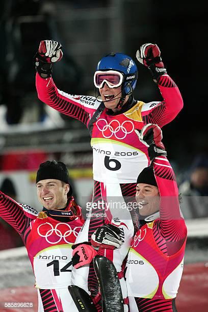 Slalom der Herren Olympiasieger Gold fr Benjamin Raich AUT und Schoenfelder und Herbst olympische Winterspiele in Turin 2006 olympic winter games in...