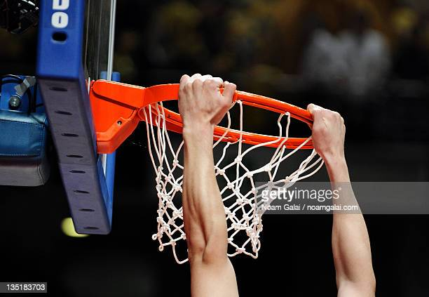 slam dunk - noam galai stock pictures, royalty-free photos & images