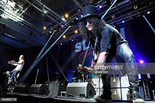 Slash eigentlich Saul Hudson der britischamerikanische Rockmusiker und Gitarrist ehemaliges Mitglied der Rockband Guns N' Roses featuring Saenger...