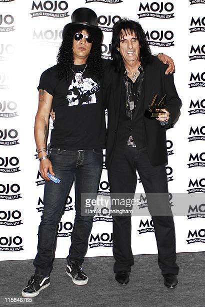 Slash of Velvet Revolver and Alice Cooper winner of MOJO Hero award
