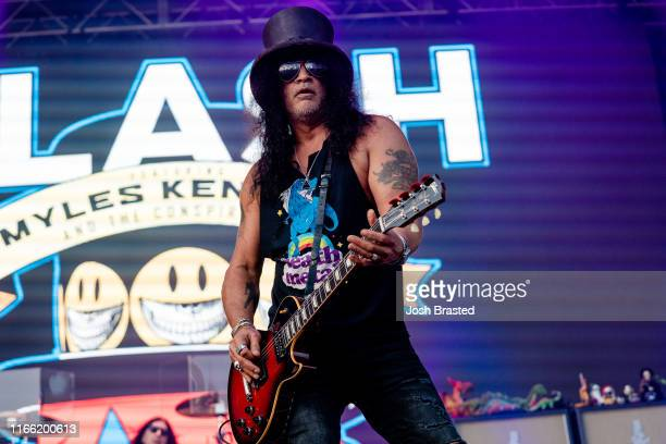 Slash performs at the Lollapalooza Music Festival at Grant Park on August 04 2019 in Chicago Illinois
