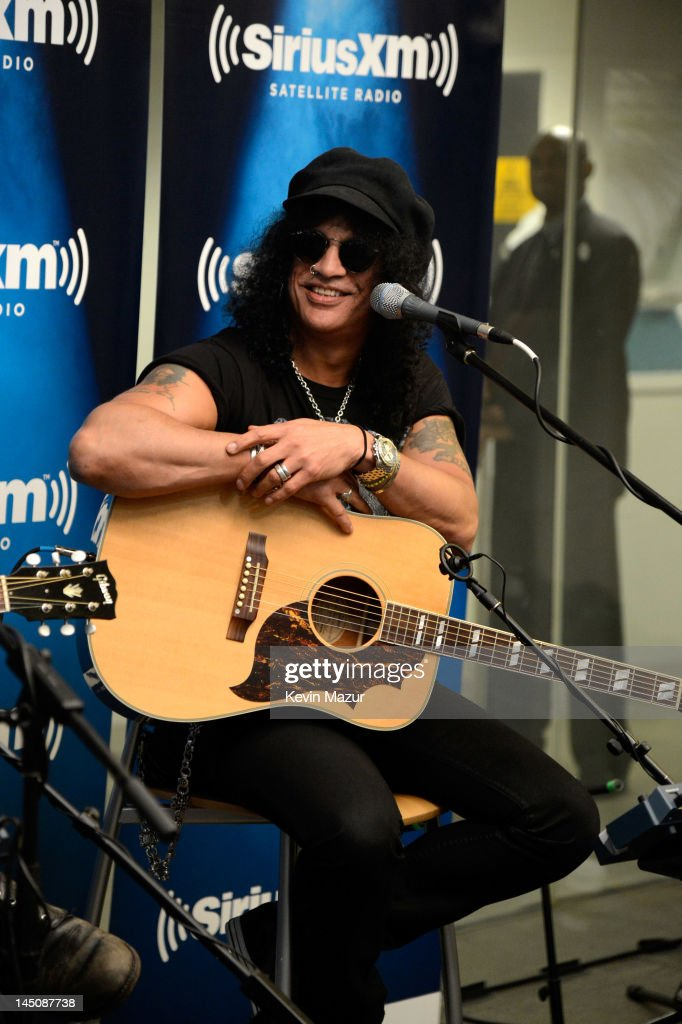 Slash performs live on SiriusXM's Octane in the SiriusXM Studio on May 23, 2012 in New York City.