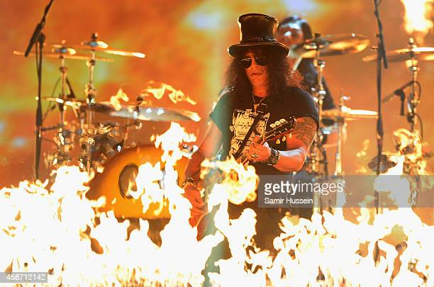 Slash performs on stage during the MTV EMA's 2014 at The Hydro on November 9 2014 in Glasgow Scotland