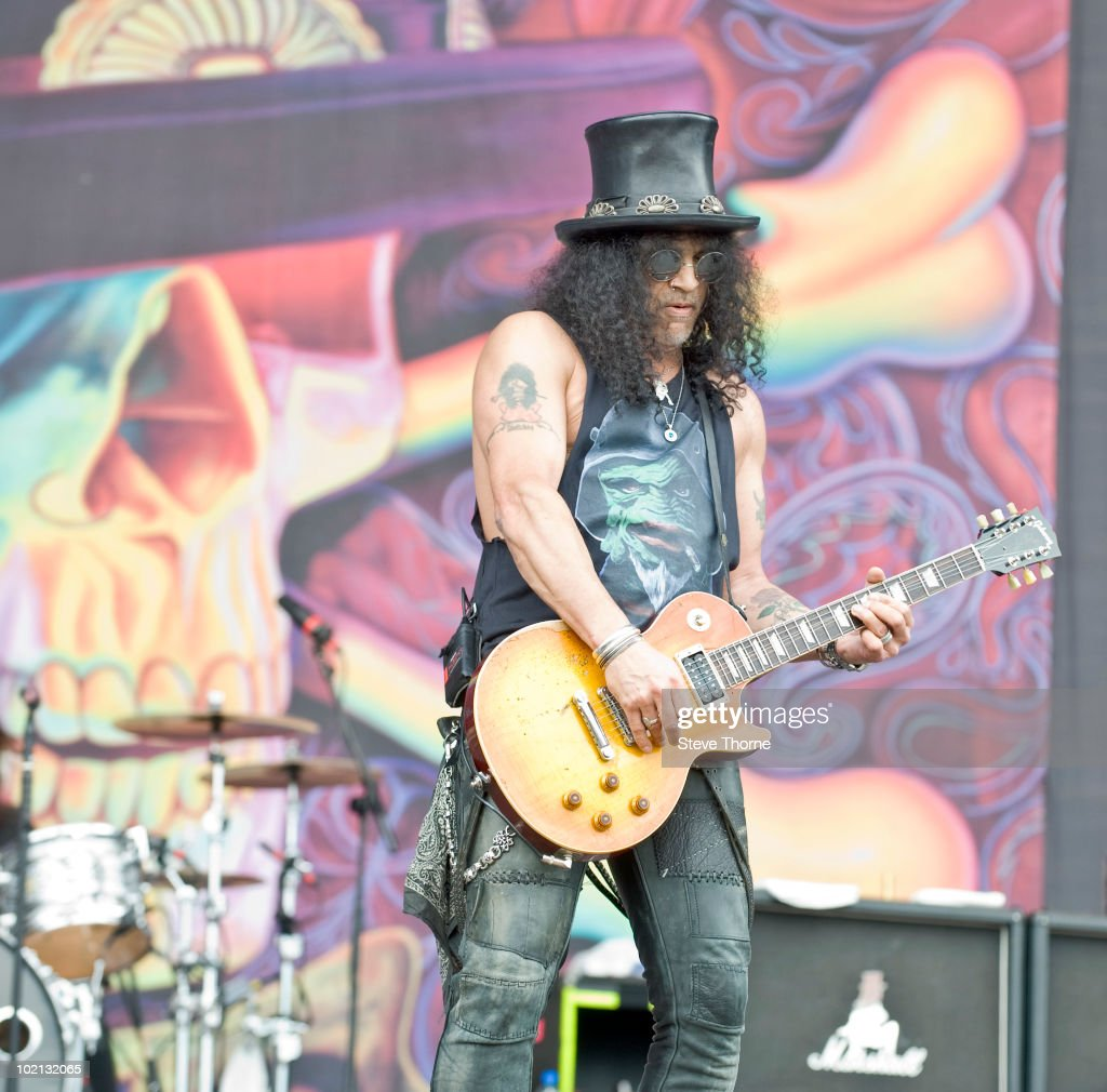 Slash performs on stage on the last day of Download Festival at Donington Park on June 13, 2010 in Castle Donington, England.