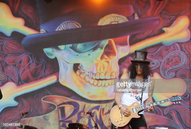 Slash performs on the Pyramid stage on the last day of Glastonbury Festival at Worthy Farm on June 27, 2010 in Glastonbury, England.