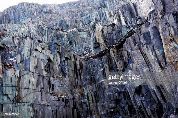 slate quarry textures - 石切場 ストックフォトと画像