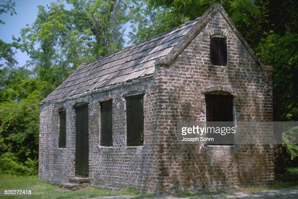 slave quarters - boone hall plantation stock pictures, royalty-free photos & images