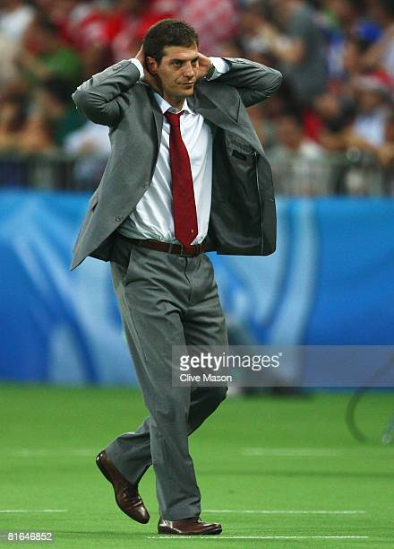 Slaven Bilic coach of Croatia holds his head during the UEFA EURO 2008 Quarter Final match between Croatia and Turkey at Ernst Happel Stadion on June...