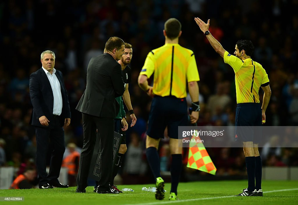 Slaven Bilic, Manager of West Ham (2L) is sent to the stands by Referee, Adrien Jaccottet during the UEFA Europa League third qualifying round match between West Ham United and Astra Giurgiu at the Boleyn Ground on July 30, 2015 in London, England.