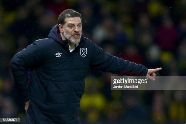 Slaven Bilic Manager of West Ham United gives his team instructions during the Premier League match between Watford and West Ham United at Vicarage...