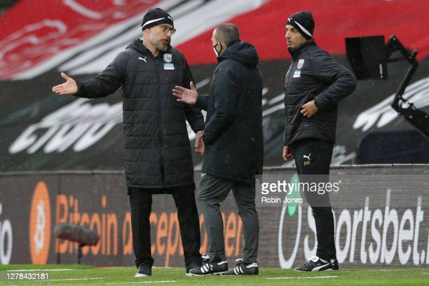 Slaven Bilic of West Bromwich Albion complains to fourth official Kevin Friend during the Premier League match between Southampton and West Bromwich...
