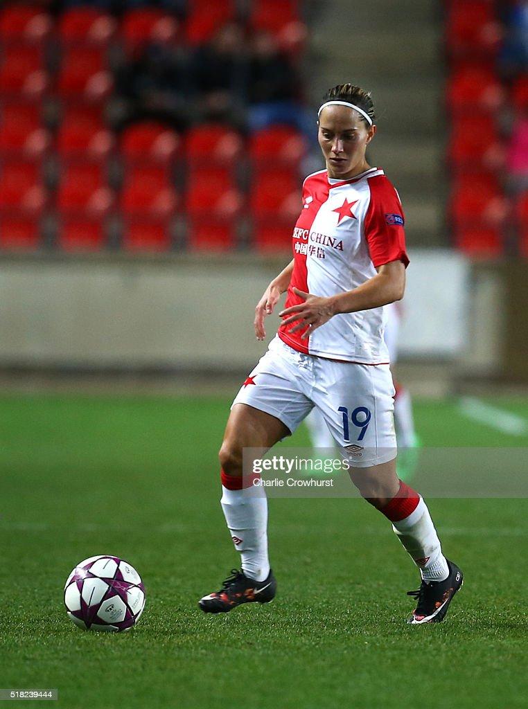 Slavia Praha v Lyon - UEFA Women's Champions League : News Photo