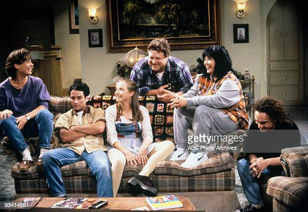 ROSEANNE 'Sleeper' Season Seven 10/19/94 Laurie Metcalf Glenn Quinn Sarah Chalke John Goodman Roseanne Barr Johnny Galecki on the ABC Television...