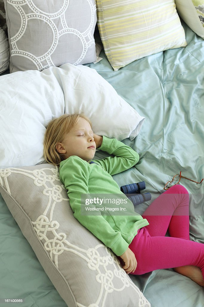 Sleeping child : Bildbanksbilder