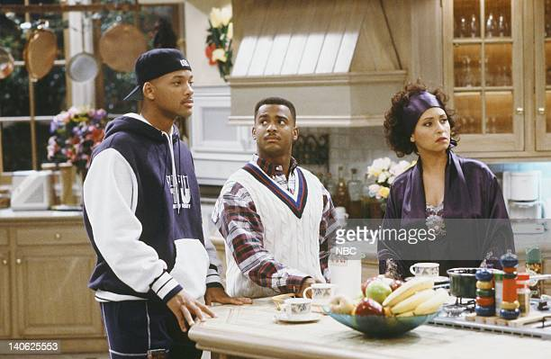 AIR THE Sleepless in BelAir Episode 14 Pictured Will Smith as William 'Will' Smith Alfonso Ribeiro as Carlton Banks Daphne Reid as Vivian Banks Photo...