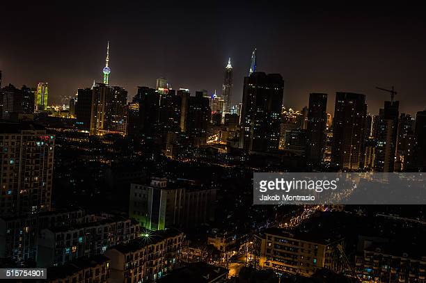 sleepy shanghai - jakob montrasio stock pictures, royalty-free photos & images