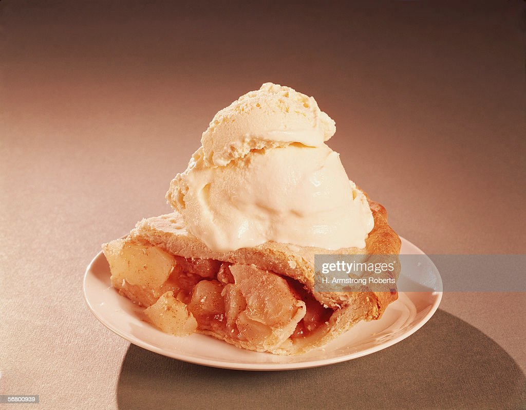Apple pie a la mode : News Photo