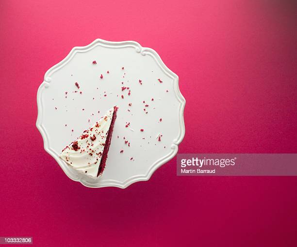 slice of chocolate cake on cakestand - single object stock pictures, royalty-free photos & images