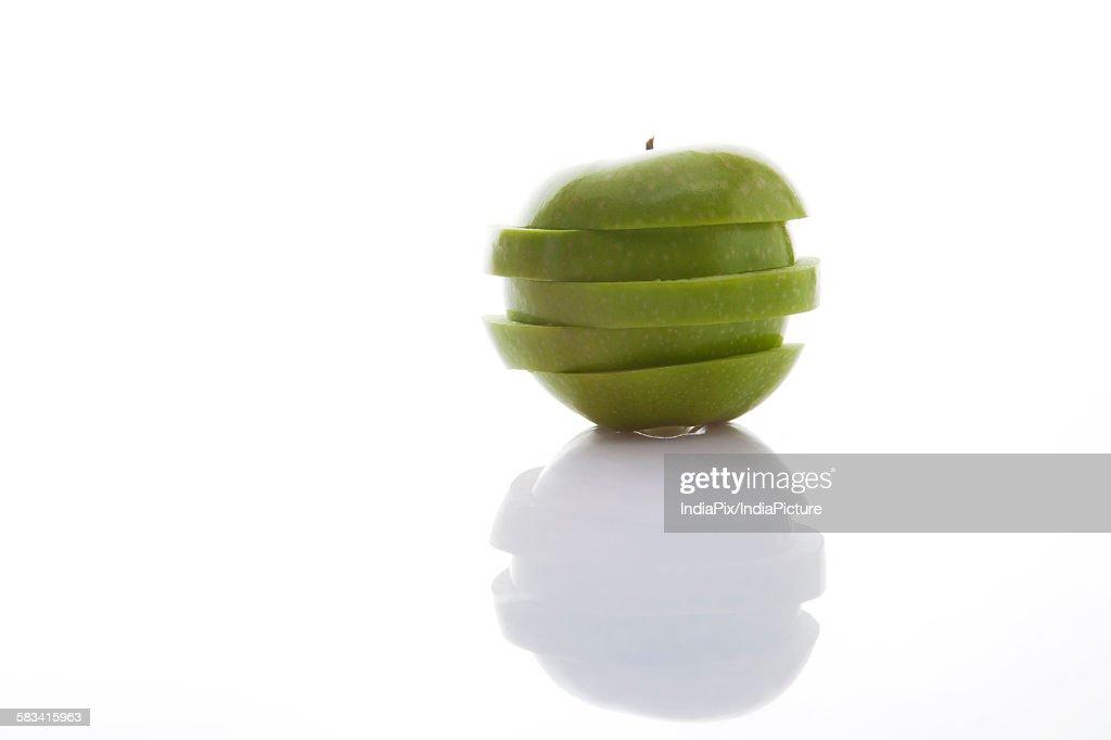Sliced green apple : Stock Photo