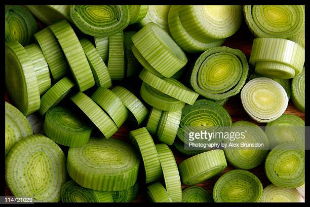 sliced leeks - leek stock pictures, royalty-free photos & images