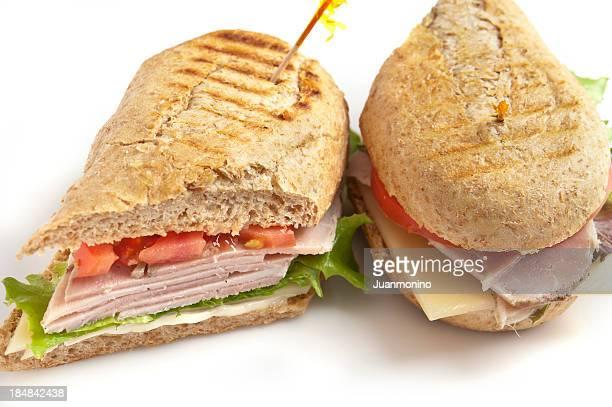fette di carne di maiale carne e panino al formaggio - cultura cubana foto e immagini stock
