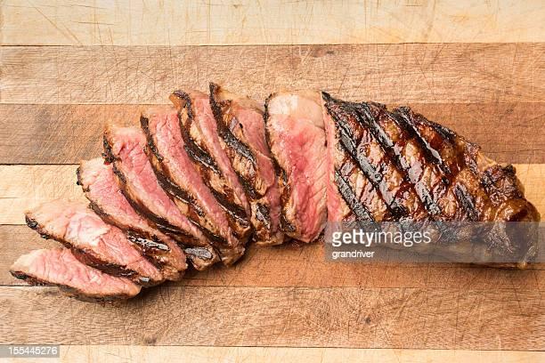 スライスリブアイのステーキ - チーク ストックフォトと画像