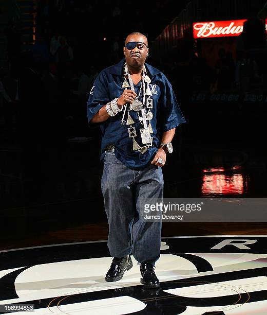 Slick Rick performs at halftime of the New York Knicks vs Brooklyn Nets game at Barclays Center on November 26 2012 in the Brooklyn borough of New...