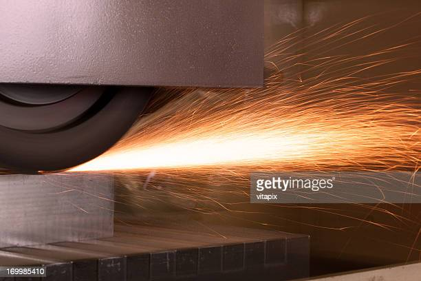 Sliding grinder with sparks