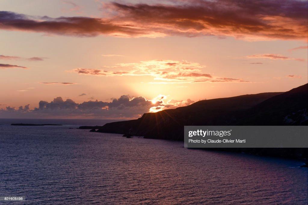 Slieve League's cliffs sunset, Northern Ireland : Stock Photo