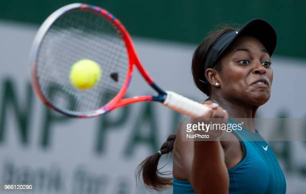 Sloane Stephens of United States returns the ball to Camila Giorgi of Italy during the third round at Roland Garros Grand Slam Tournament Day 7 on...
