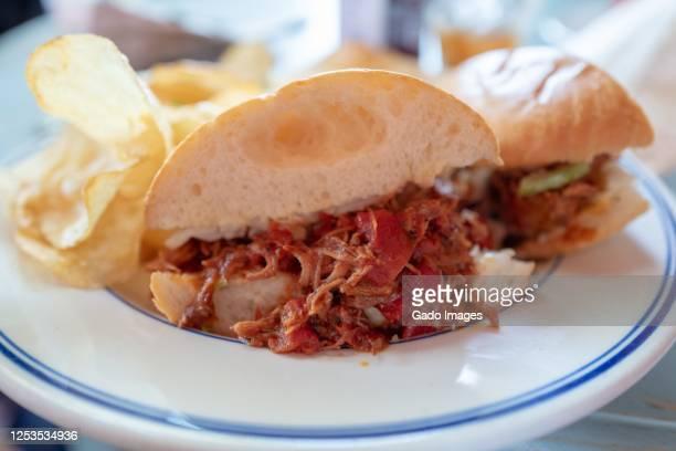sloppy joe sandwich - sloppy joe, jr stock-fotos und bilder