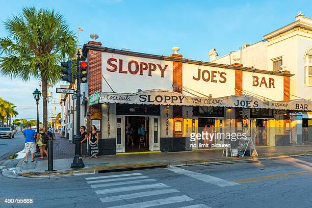 sloppy joe's bar in key west - duval street stock pictures, royalty-free photos & images