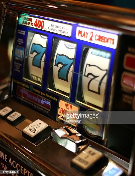 Slot Machine Winner - 777!