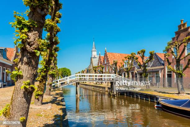 sloten friesland netherlands - friesland noord holland stockfoto's en -beelden