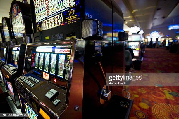 slotmachines in stratosphere casino - casino stock pictures, royalty-free photos & images