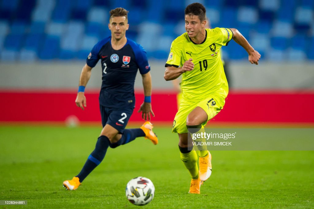 FBL-EUR-NATIONS-SVK-CZE : News Photo