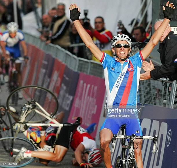 Slovakia's Peter Velits celebrates his victory on the finishing line in the men's under23 roadrace during the UCI Road World Championships in the...